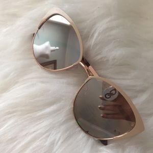 New & Trendy Rose Gold-toned Cat Eye Sunglasses